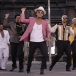 Bruno-Mars-and-Mark-Ronson-Take-Uptown-Funk-to-The-Streets